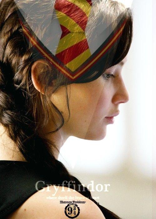 #KatnissEverdeen è una valorosa fino al midollo una #Grifondoro ❤️ Smistiamo un po' quanti #Gryffindor online? Sia qui e nei commenti posterò la casa di appartenenza ⚡ Aggiungo anche IO nei commenti potete mettere ⚡ GRIFONDORO - - - >https://www.facebook.com/groups/111956679334427/ Passate nel nostro gruppo : https://www.facebook.com/groups/1618492761792081/ Telegram : https://t.me/joinchat/FhbXdUJZGkmAv5vBgKZBGA Instagram : https://www.instagram.com/harry_potter_binario934/ ⚡Hermione⚡