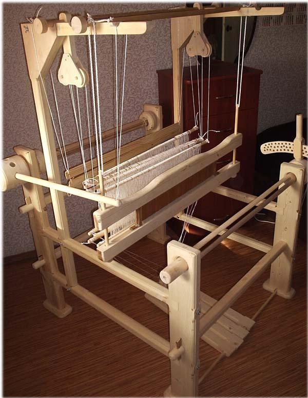 Ручное ткачество на станке, обучение на ткацком станке