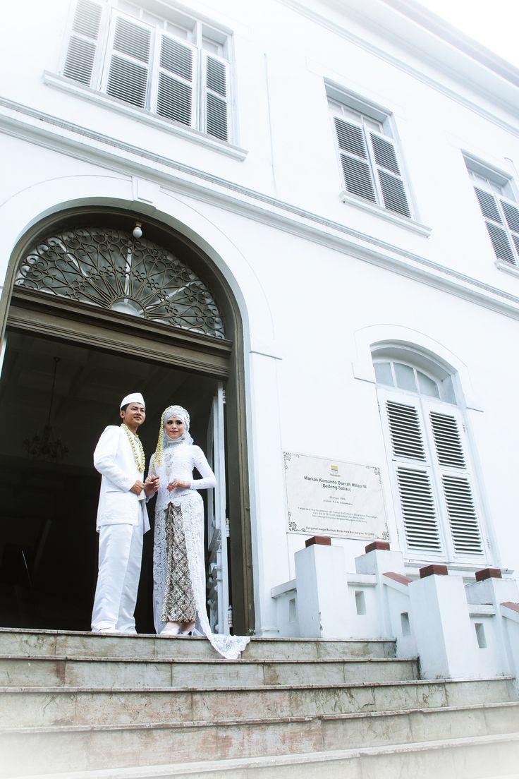 #classic #white #akadnikah #utari #ridel #wedding #utaridlwan #gedungputih #detasemenkodam #siliwangi #bandung #whitehouse