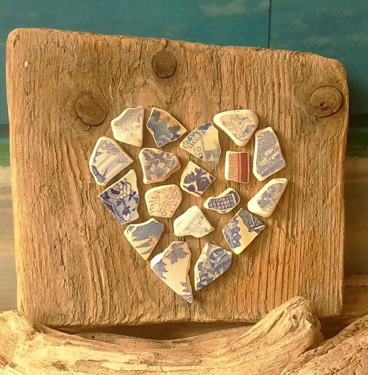 Seapottery mosaic heart on driftwood. Handmade using local material from Margate beach, Kent, UK by LovefromMargate on Etsy