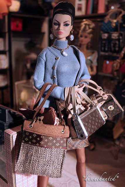 Designer Handbags, Essentials for this Fashion Couture Parker Posey Doll.