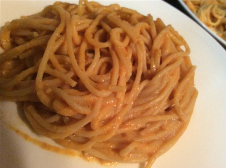 Creamy pumpkin pasta sauce with a kick.   It was delicious- my boyfriend was hesitant and he didn't know what to expect with a pumpkin cream sauce on pasta but was delighted.  Very good flavour  Here's the recipe  http://www.budgetbytes.com/2015/02/pasta-creamy-pumpkin-sauce/