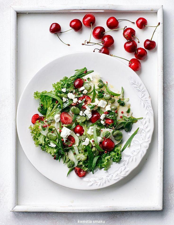Sałatka z bobem, czereśniami i kalarepką | Kwestia Smaku