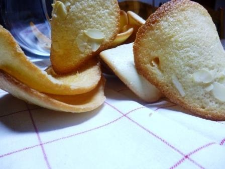 Almond teals