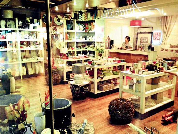 Друзья, в декабре открываются наши магазины в МАХАЧКАЛЕ и МОСКВЕ (дизайн-завод FLAKON), в январе эстафету принимает ЯКУТСК. Следите за новостями и приходите в гости! ;)  с любовью к вам и вашему дому,  Урбаника