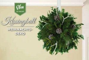 Weihnachtsdeko basteln: romantischen Kissingball mit Tannen- und Mistelzweigen selber machen. Das DIY-Tutorial findet Ihr auf www.deko-kitchen.de