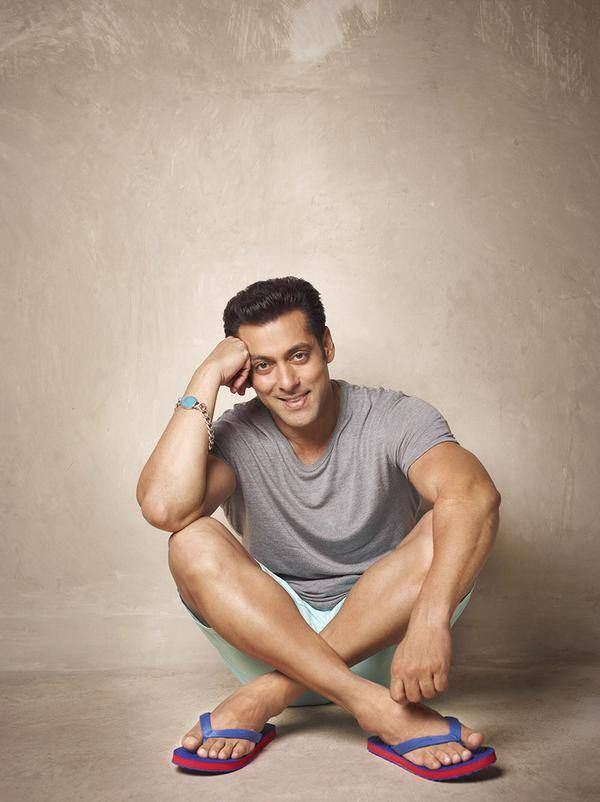 Cute Salman to get more hd and latest photo click here http://picchike.blogspot.com/