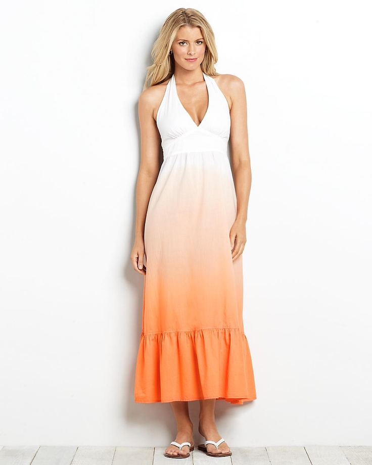 We have cute casual day dresses that are perfect for a busy day of meeting with friends, traveling and transitioning from indoor gatherings to outside celebrations. Explore cotton tunics and midi dresses that are great for throwing in an overnight bag, or rompers and jumpsuits for when you'd rather stand out than blend in. Choose the right neckline for you, from plunging to scoop necks and modest high necks.