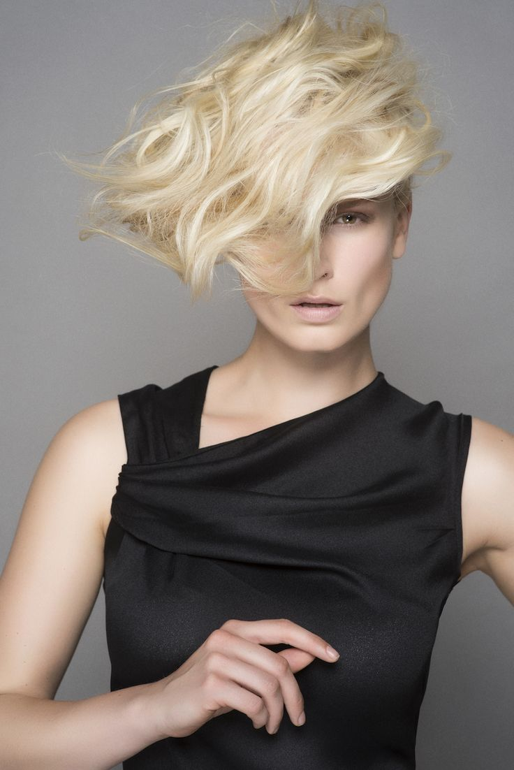 Fall/winter 2014/15 collection by hairdresser and L'Oréal Professionnel ambassador Laurent Decreton #trends #lorealprofessionnel #haircut #decreton #fw