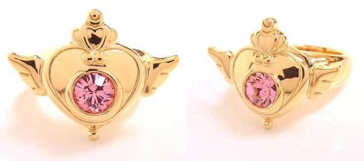 Sailor Moon Crisis Locket Ring (Sailor Moon SuperS Brooch Design Ring.) Officially licensed both in sliver and gold.