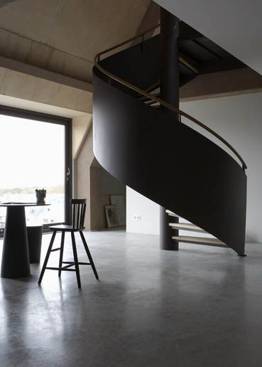 Sweeping black staircase. #interiordesign #architecture
