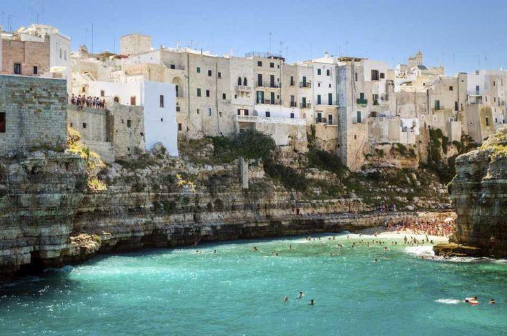 20 Bellissime città d'Italia arroccate sulla roccia, o scavate nella pietra, da visitare al più presto.