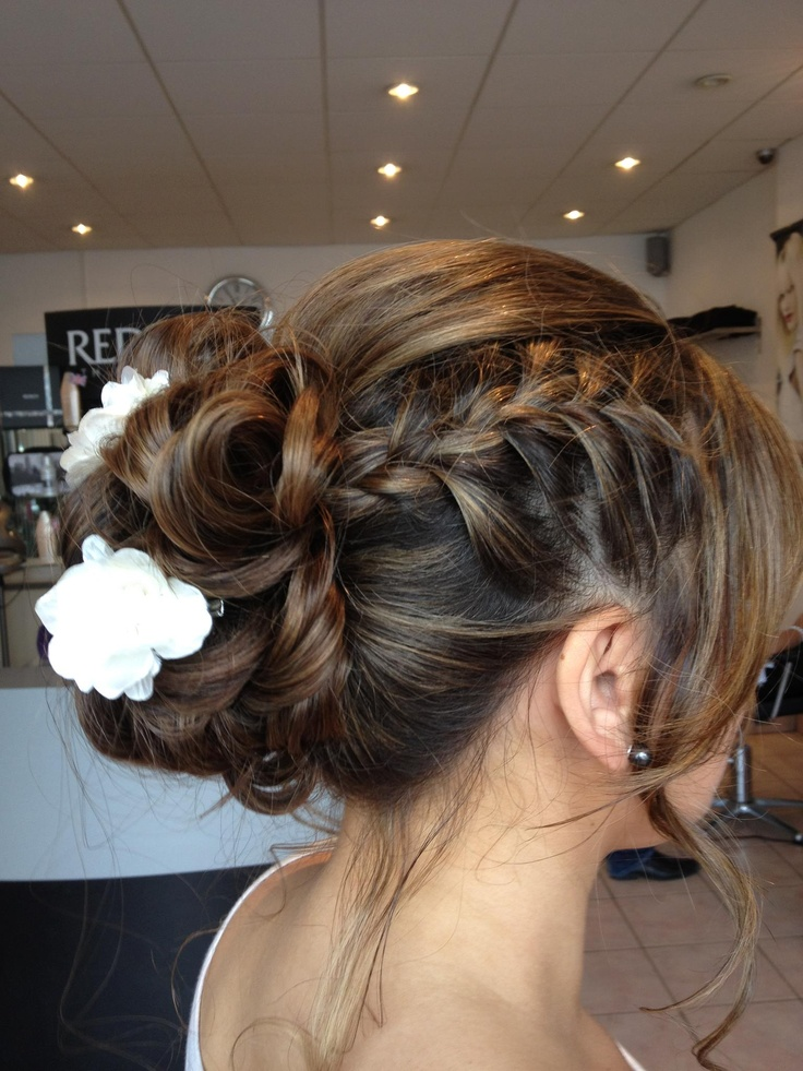 YST The Hairstylists is located at 178-180 CHURCH ROAD, HOVE, EAST SUSSEX, BN3 2DJ • Tel: 01273 772475 • Website: www.yst-hair.com