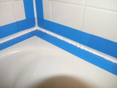 Dover Projects: How to Caulk a Bathtub