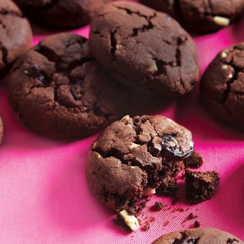 Chewy cherries, rich chocolate and a slight almond crunch are going to make these succulent and surprisingly healthy Dark Chocolate Cherry Drops your new favorite cookie: http://cleaneatingmag.com/Recipes/Recipe/Dark-Chocolate-Cherry-Drops.aspx