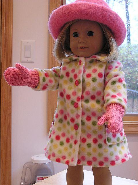 "18"" doll mittens  free downloadable pattern: Dolls Mittens, Dolls Coats, Girls Dolls, American Dolls, Coats Patterns, Dolls Clothing, American Girl Dolls, Mittens Pattern, American Girls"
