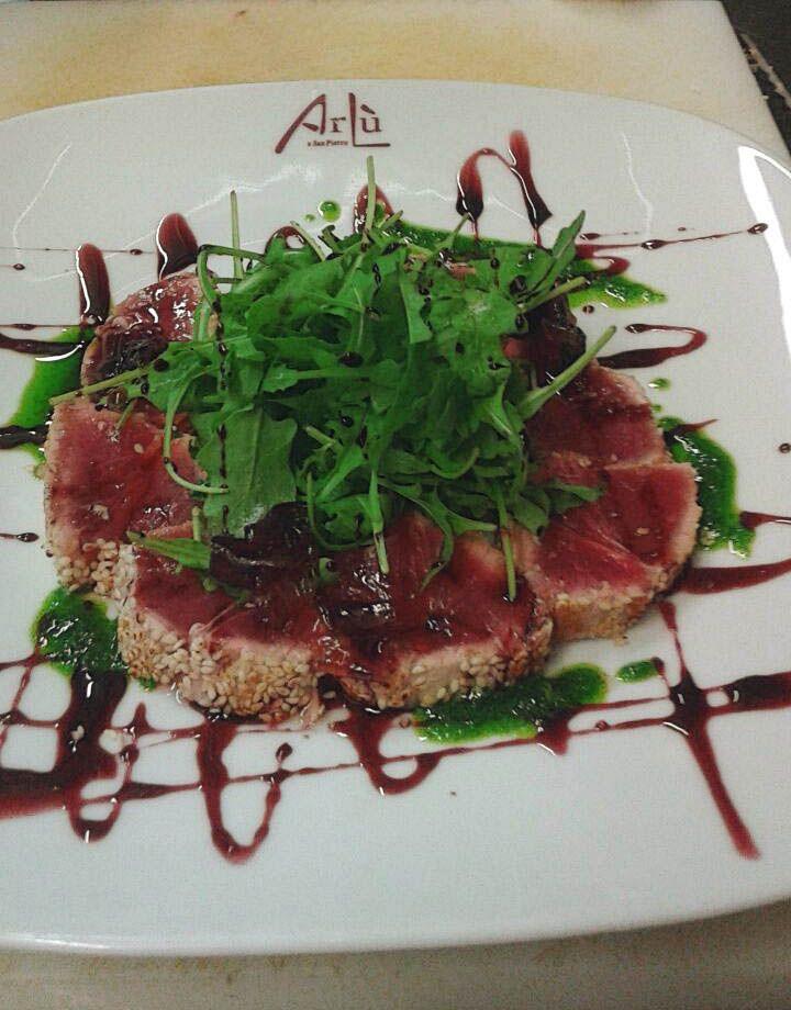 Tonno al profumo di cipolla di Tropea. #food #arlu #ristorantearlu