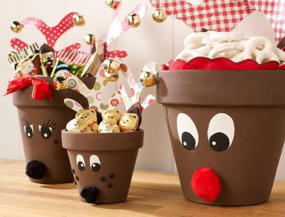 This is so cute. Turn flowerpot to reindeer.