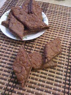 Biscotti+Dukan+ricetta+con+cioccolato+al+profumo+di+mandorle
