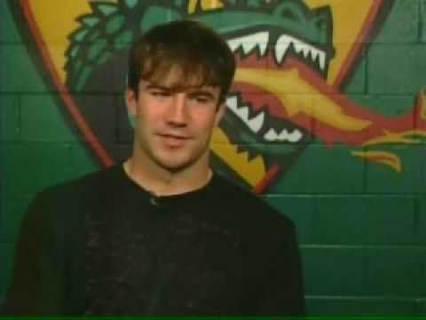 Pin for Later: Let's All Just Stop and Obsess Over This Hot Country Star, OK? First, let's flash back to 2007. Here's a young Sam showing off his vocals — and his football skills — in a very swoon-worthy video posted by the university.
