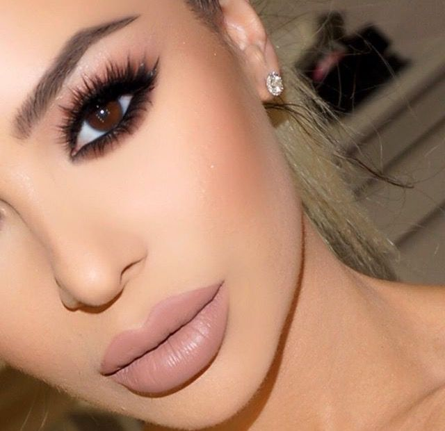 Vanitymakeup wearing Maliboo by Kylie Jenner
