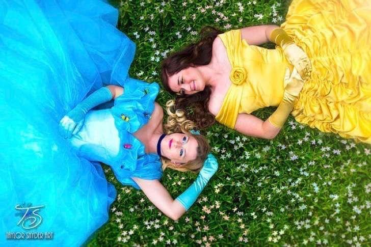 La sesión de fotos al estilo Disney de estas dos chicas confirma los cuentos de hadas modernos