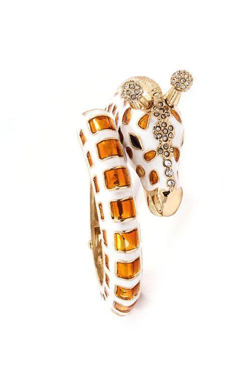 Giraffe bracelet....holy stinkin' cute batman!!