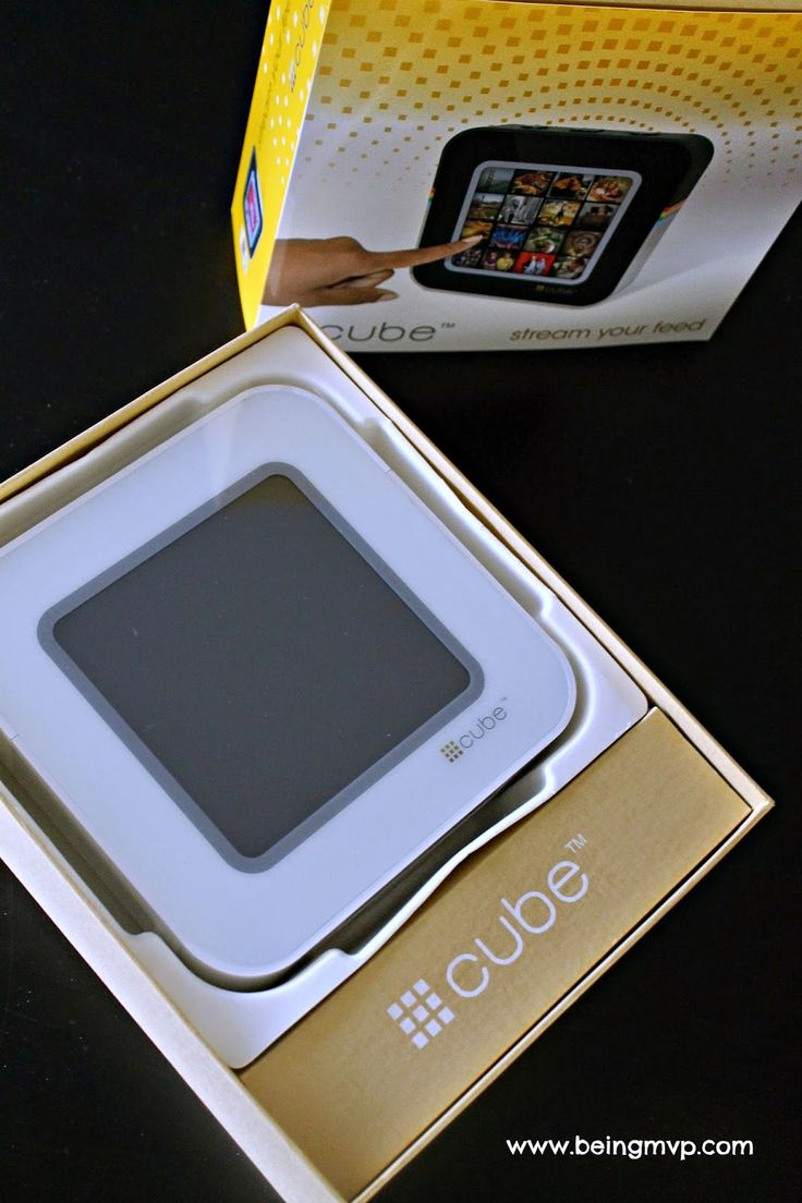 being MVP: #Cube™ | Digital Wi-fi Touchscreen Photo Viewer for Instagram ($150) + #Giveaway
