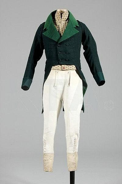 Outfit consisting of hunt coat (wool, 1810-20), breeches (leather with bone buttons, 1800-10) and waistcoat (silk cut velvet, c. 1800)