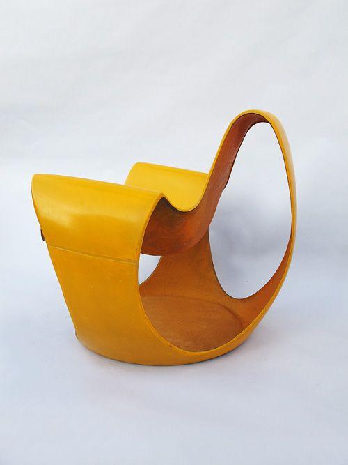 Daniel Quarante Fiberglass Albatros Chair, Circa 1970.