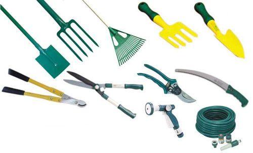 Herramientas básicas para la jardinería - Para Más Información Ingresa en: http://jardinespequenos.com/herramientas-basicas-para-la-jardineria/