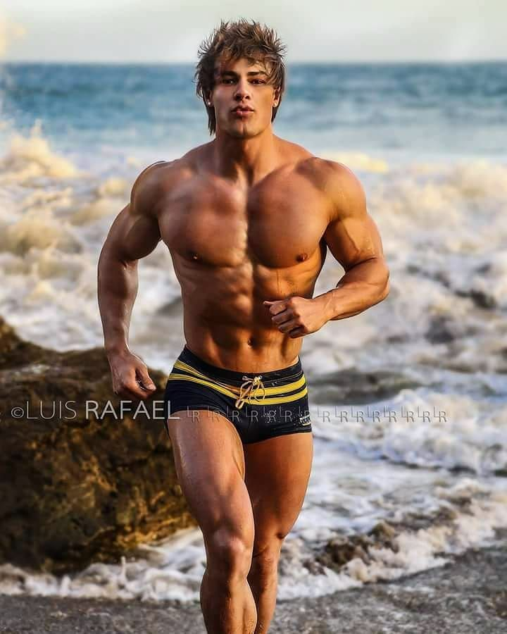 Pin By Nae Tsm2 On Hot Men Gym And Fitness Pinterest Fitness Muscle Men And Hot Guys