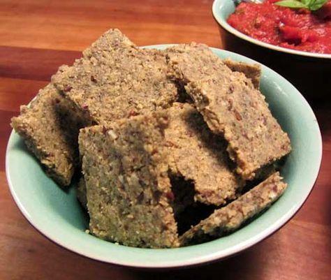 'meer'granen crackers - Barbara EET amandelmeel, walnoten, zonnebloempitten, lijnzaad, pompoenpitten, ei, olijfolie en zout