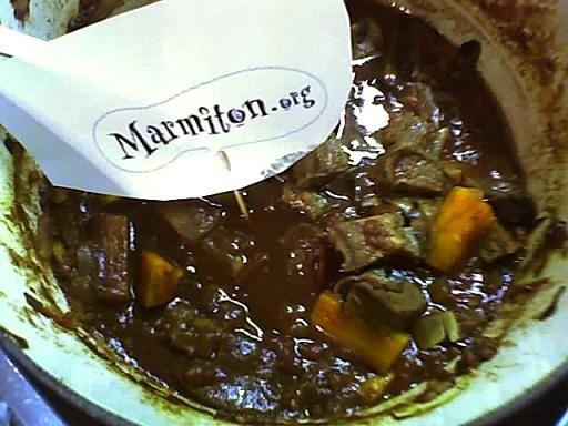 Boeuf en sauce à l'irlandaise : Recette de Boeuf en sauce à l'irlandaise - Marmiton