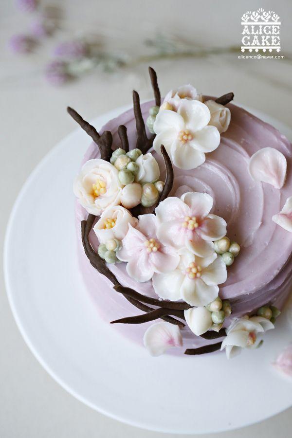 앨리스의 새로운 스타일 케이크봄이 오는 소리가 들리는벚꽃 플라워 케이크입니다. 그대여~ 그대여~~ 익숙...