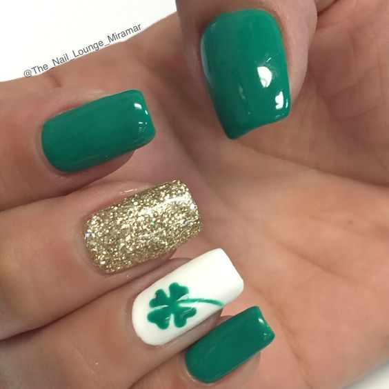 St Patrick's day clover nail art design