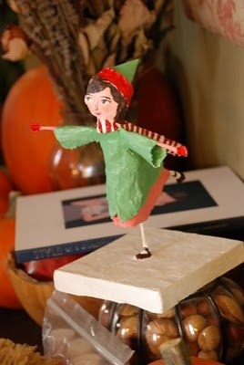 Tutorial to make a figurine out of wire and paper mache for What to make out of paper mache