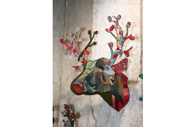【動画】壁からニョキッとおしゃれなものが!! 壁掛け用オブジェ  http://www.roomie.jp/2012/04/492/