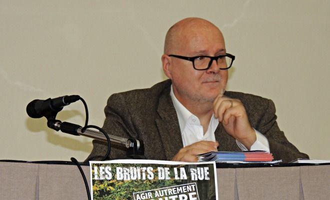 """Alain Régnier, ancien délégué interministériel au mal-logement, était l'invité de la dernière conférence des """"Bruits de la Rue"""", le 25 novembre à l'Athénée."""