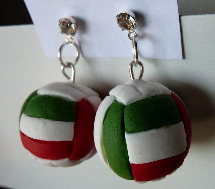 Orecchini pallavolo in fimo fatti a mano - Volleyball earrings fimo polymer clay handmade