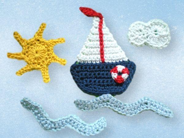 Häkelanleitung Segelboot  Material: Ich häkle mit Schachenmayr, Baumwolle Catania oder vergleichbare Baumwolle mit einer Lauflänge von 125 m je 50 g Reste in den Farben blau, weiß, r