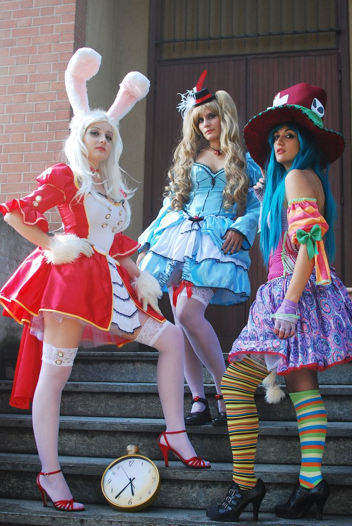 95 best badass cosplay costumes to inspire images on pinterest alice in wonderland costumes by noflutter on deviantart solutioingenieria Image collections
