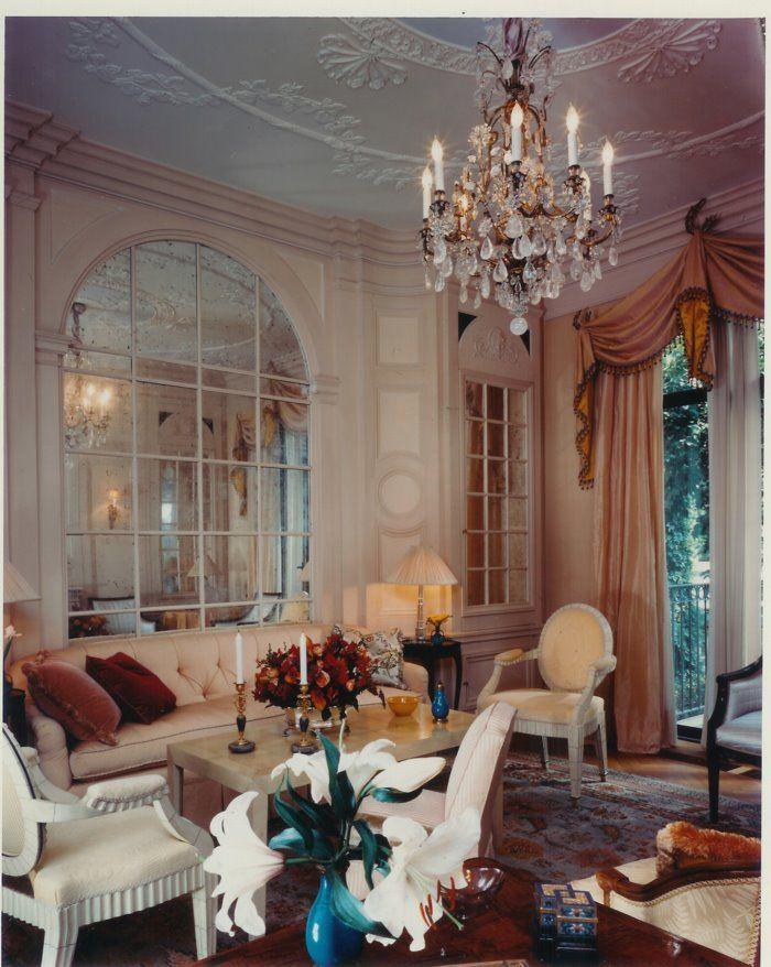 Elsie de Wolfe townhouse living room by Ron Bricke