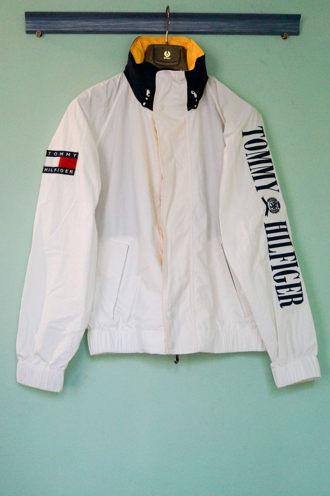 Tommy Hilfiger vintage / retro White 90s jacket – Size M  #RePin by Dostinja - WTF IS FASHION featuring my thoughts, inspirations & personal style -> http://www.wtfisfashion.com/