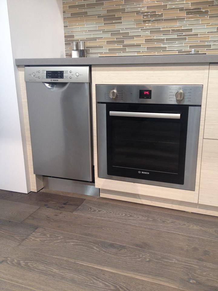 "@BoschAppliances 24"" Wall Oven is the perfect companion to the 18"" Dishwasher. See more at C3837. #KBIS2015 #IBS2015"