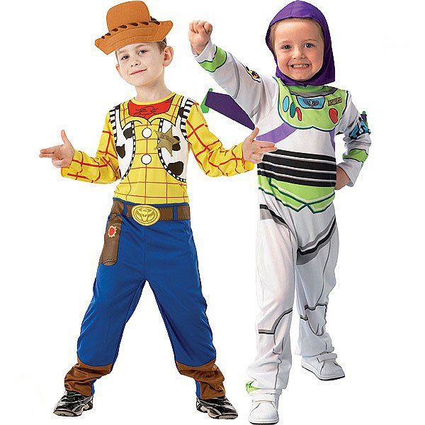Déguisements Buzz l'éclair et Woody Toy story™ enfant : Ce lot de déguisements de Buzz l'Eclair et de Woody sont sous licence officielle Disney™. Il se compose de 2 combinaisons, d'une coiffe, d'une cagoule et d'une paire...