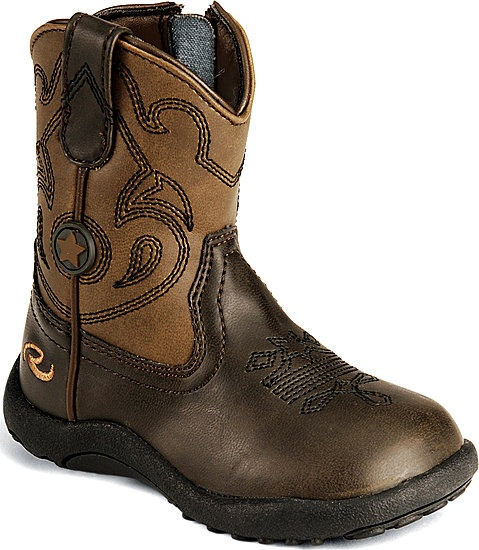 Baby boy cowboy boots!! So so cute!! @Diana Vierra... Maybe he can get a job workin' with the horsies ;)