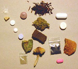 Psychoactive drug - Wikipedia, the free encyclopedia