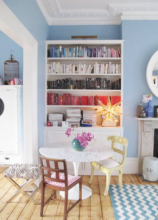 Kirstie's Colorful English Townhouse House Call | Apartment TherapyEnglish Townhouse, Kirstie Colors, Blue Wall, Style Cure, Book Nooks, Living Room, Colors Bookcases, House Call, Colors English
