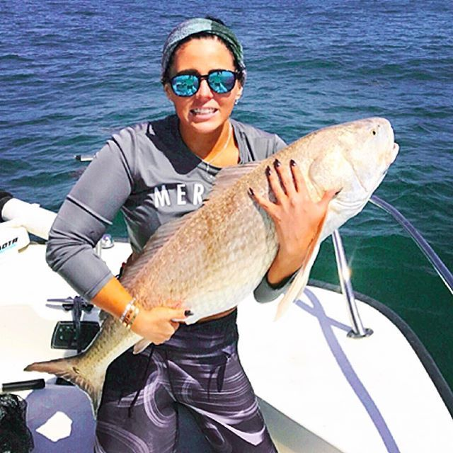 Well wasn't what I planned  A #bullred at 38.5 inches !!! #reddrum #bostonwhaler @boston_whaler @realsaltlife #saltlifeoptics @tsunamitackle #fishinghardcore #Atlantic #girlswhofishhardcore #mermaidlife @redrumintl  @canyoncoolersofficial @sa_company #saltarmour  #fighter #home #myfishinggrounds  #staugustine  #bossbabe #teammoneydoesntspenditself™ @mustadhooks #femaleangler #girlswhoownboats #whalergirl @poma_hq  #pomamember #mermaidangler©  #trapmermaid #florida @sunsect15…